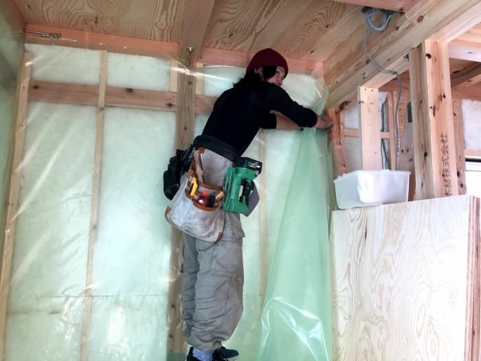 防湿・気密シートの施工です。郡山市東原|郡山市 新築住宅 大原工務店のブログ