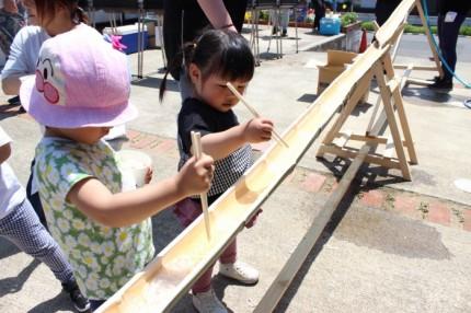 流しそうめんの竹も、大工さんの手作りです。| 郡山市 新築住宅 大原工務店のブログ