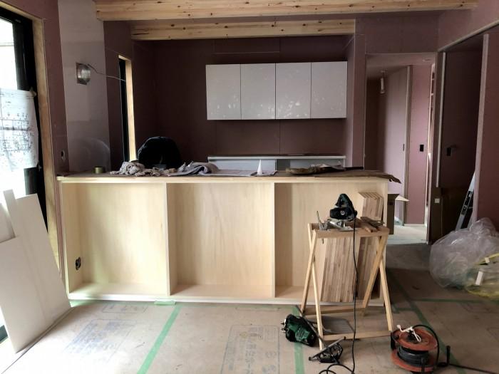 塗装前のカウンター収納です。|郡山市 新築住宅 大原工務店のブログ