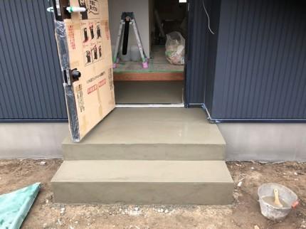 玄関ポーチの仕上げです|郡山市 新築住宅 大原工務店のブログ