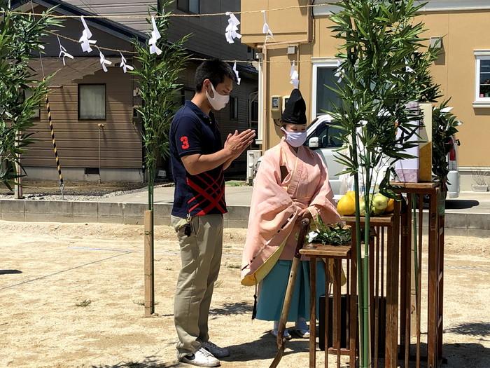 玉串奉奠の様子です。須賀川市森宿  郡山市 新築住宅 大原工務店のブログ