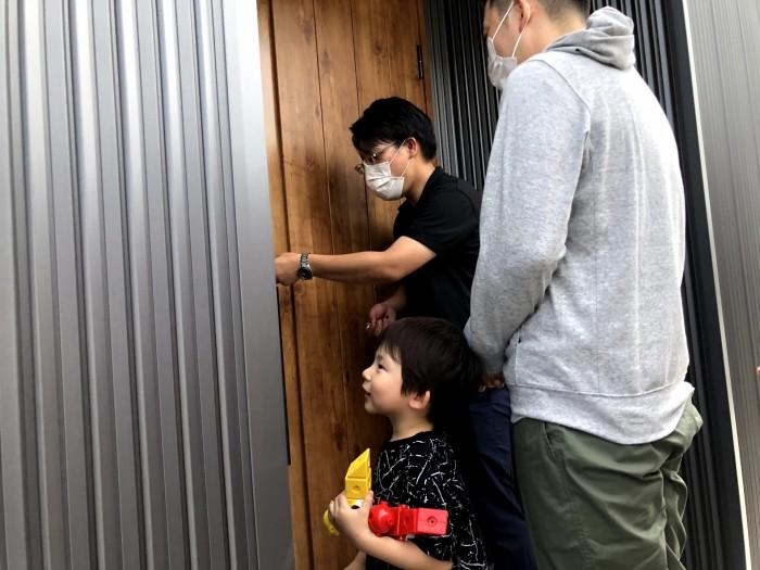 本物の鍵を渡します。郡山市喜久田町| 郡山市 新築住宅 大原工務店のブログ