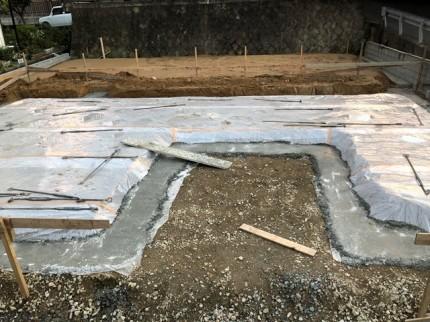 べた基礎の工事の捨てコンです。|郡山市 新築住宅 大原工務店のブログ