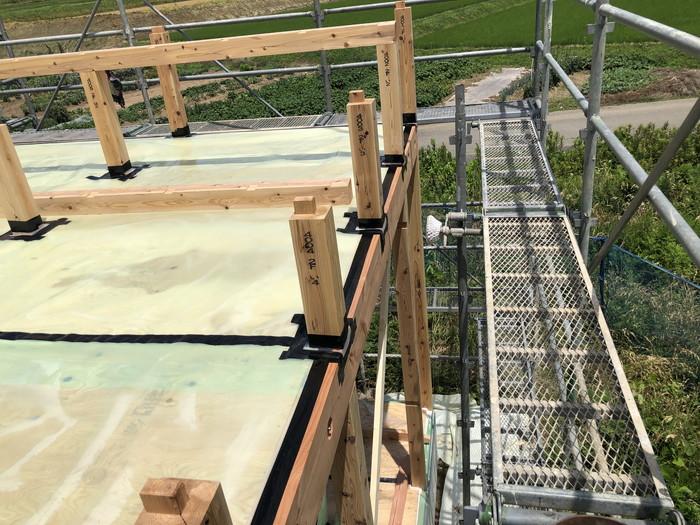小屋裏断熱の気密施工です。|郡山市 新築住宅 大原工務店のブログ