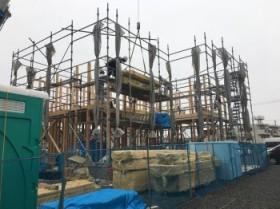 新築住宅安積町モデルハウスの上棟が始まりました!(^^)!