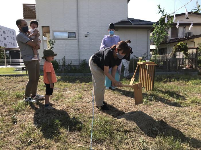 地鎮祭の鍬入れの儀です。|郡山市 新築住宅 大原工務店のブログ