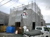 足場シートが掛けられた写真です。郡山市富久山町F様邸| 郡山市 新築住宅 大原工務店のブログ