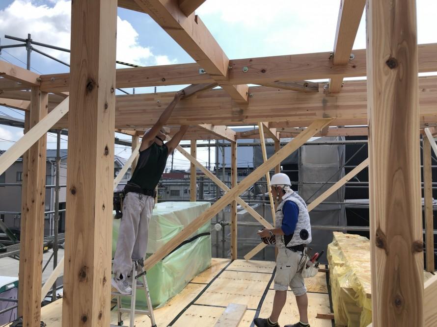 火打ちのボルトも通します。 郡山市 新築住宅 大原工務店のブログ