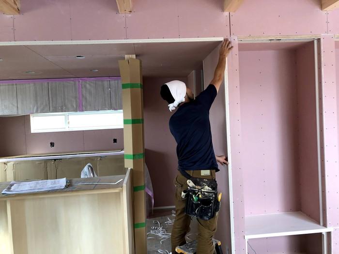 クロスの下地処理です。 郡山市 新築住宅 大原工務店のブログ