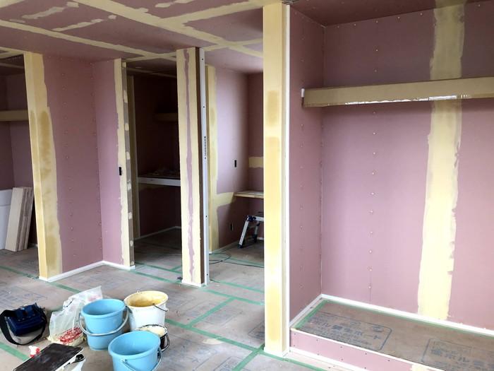 クロスの下地処理の完了です。 郡山市 新築住宅 大原工務店のブログ