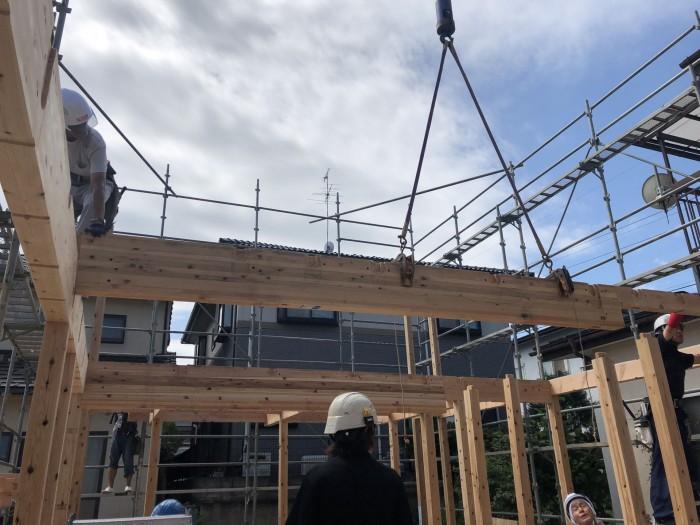 新築住宅のレッカー車です。|郡山市 新築住宅 大原工務店のブログ