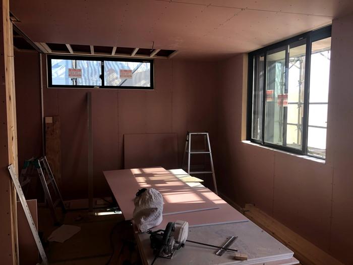 石膏ボードを施工した写真です。郡山市久留米K様邸  郡山市 新築住宅 大原工務店のブログ