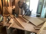 木材をカットしている様子です。郡山市富久山町| 郡山市 新築住宅 大原工務店のブログ