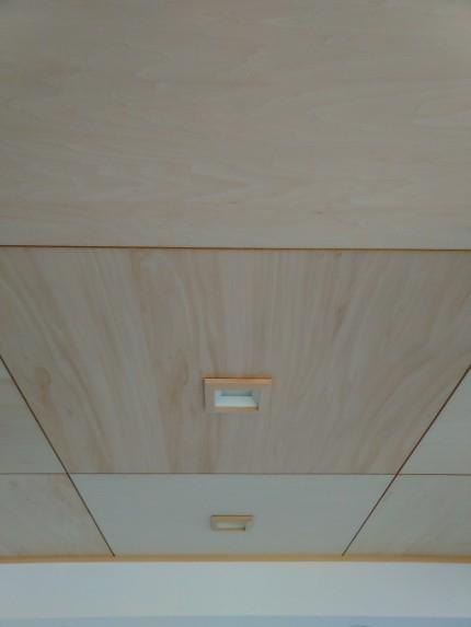 和室 シナ材 天井