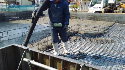 郡山市 新築住宅 基礎工事 ベースコンクリート打設