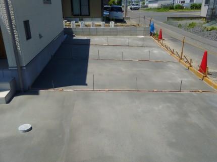 新築住宅 土間コン打設 駐車場工事