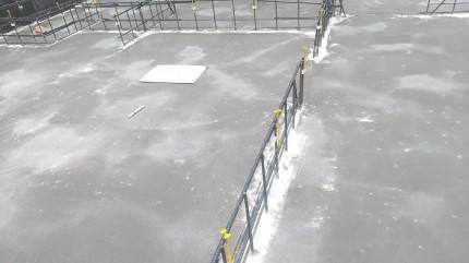 型枠にベースコンクリートを流していきます。郡山市田村町|郡山市 新築住宅 大原工務店のブログ