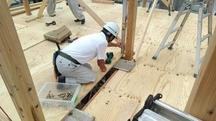 新築住宅の屋直しです。