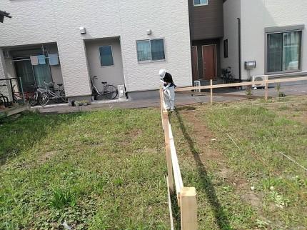建物の全長を測っています 郡山市昭和 |郡山市 新築住宅 大原工務店のブログ