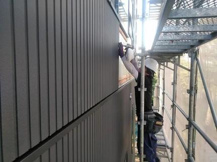 新築の外壁施工です。