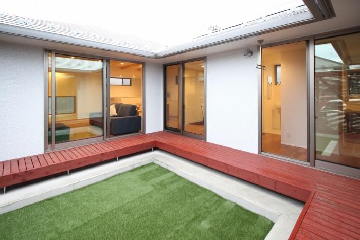 郡山市安積町「平屋」モデルハウスの中庭です。  郡山市 新築住宅 大原工務店のブログ