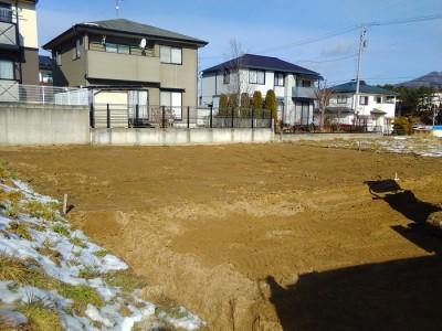 土地の鋤取りをするとこんな感じになります。田村市船引町|郡山市 新築住宅 大原工務店のブログ