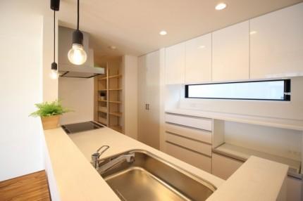 郡山市安積町モデルハウス「ライフボックス」のキッチンです。| 郡山市 新築住宅 大原工務店のブログ