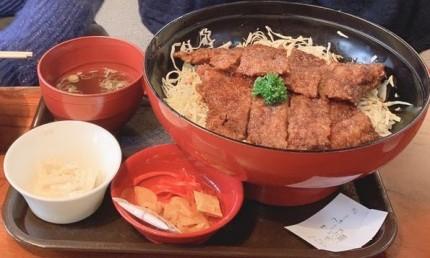 めでたいやの名物大名ソースかつ丼です。福島県会津若松市| 郡山市 新築住宅 大原工務店のブログ