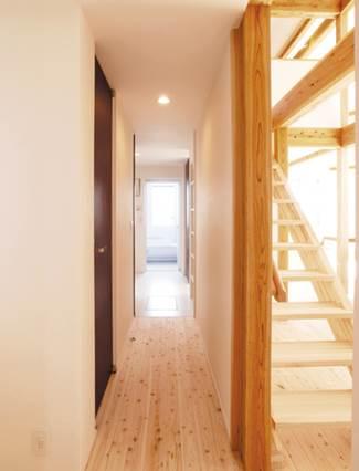 屋根裏部屋と吹抜けで構成される広がりの演出された平屋|郡山市 注文住宅 大原工務店の施工例