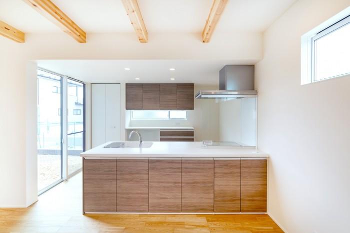 お客様のお気に入りポイント1フルフラットのキッチン| 郡山市 新築住宅 大原工務店のブログ