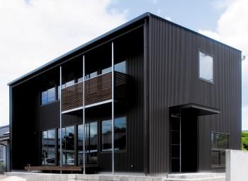 木の温もりを感じる黒一色の高品位住宅|郡山市 地域密着型工務店 大原工務店のよくある質問