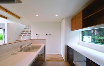 軒の出が美しい家「Symphony」キッチン|郡山市 デザイン住宅 大原工務店の商品ラインナップ