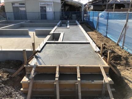 新築注文住宅の土間ポーチ部分を打設してます。郡山市大槻町|郡山市 新築住宅 大原工務店のブログ