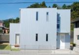 ガルバリウム鋼板を外壁に施したスタイリッシュな家-外観-|郡山市 注文住宅 大原工務店の施工例