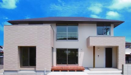 開放的な室内空間と木目が美しい上質な住まい-外観-|郡山市 注文住宅 大原工務店の施工例