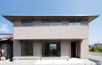 通風・採光に配慮した深い軒先を持つ寄棟の家|郡山市 注文住宅 大原工務店 施工例