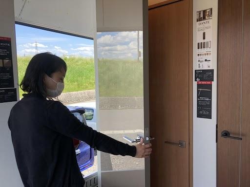 トラックの中には扉がいっぱい。|郡山市 新築住宅 大原工務店のブログ