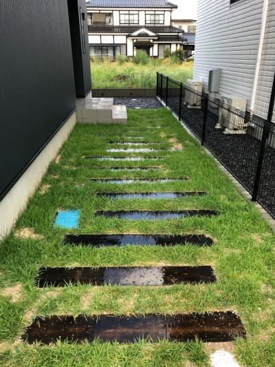 モデルハウスの芝も成長しました。|郡山市 新築住宅 大原工務店のブログ